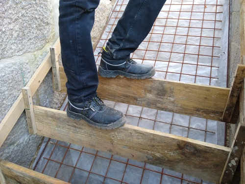 Concrete staircase construction details